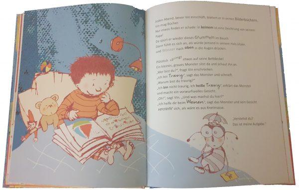 """Doppelseite aus dem Bilderbuch """"Welche Farbe hat das Glück"""""""
