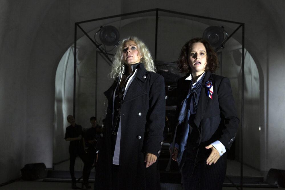 "Szenenfoto aus dem Stück ""Dantons Tod"" bei Bloody Crown II in Wr. Neustadt"