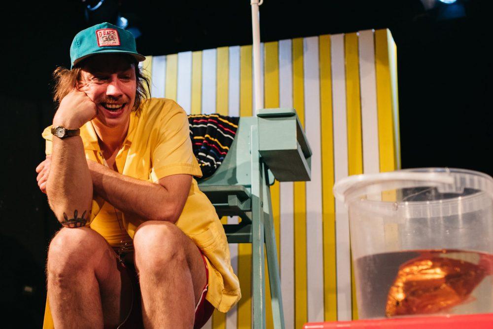 Schauspieler als Bademeister