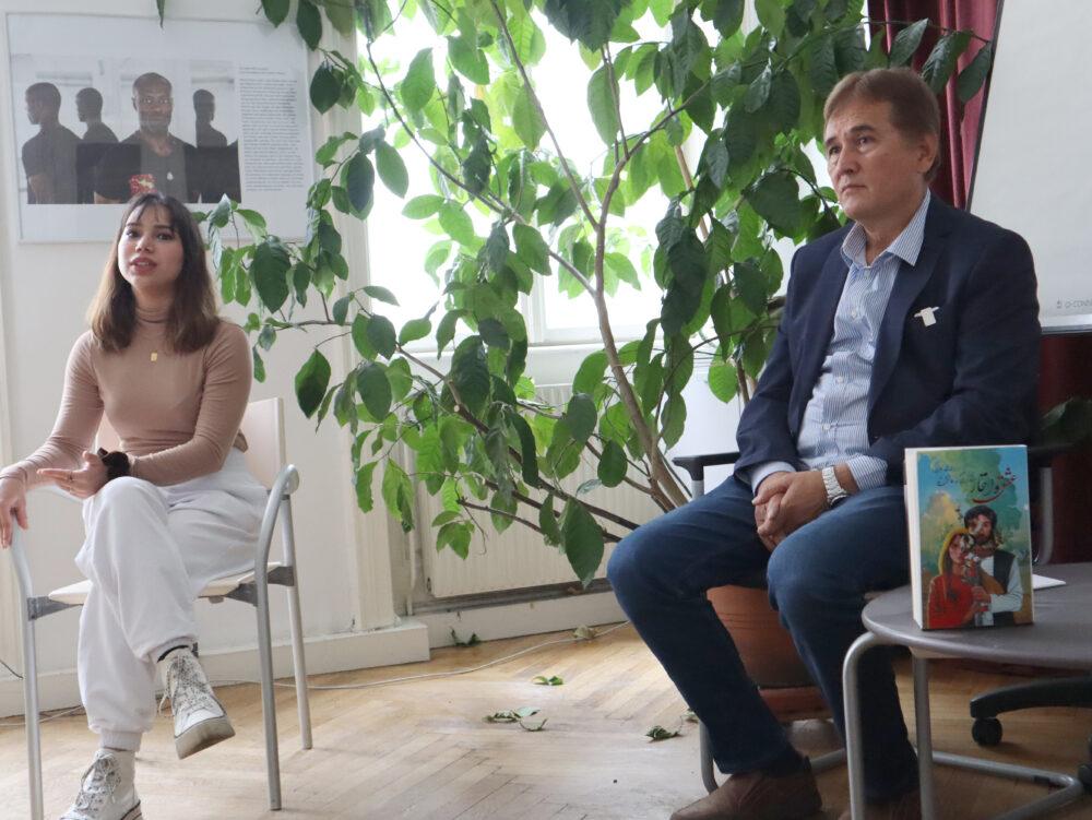 Das Buch, der Autor und die Übersetzerin der Veranstaltung und des Interviews