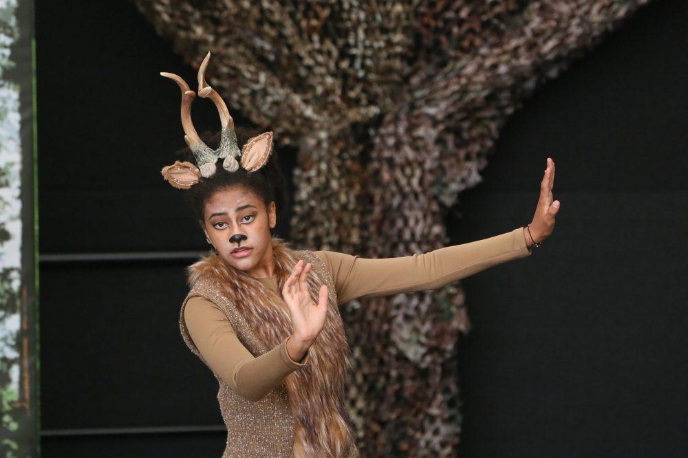 Amarachi Ahamefule in der Rolle von Bambi