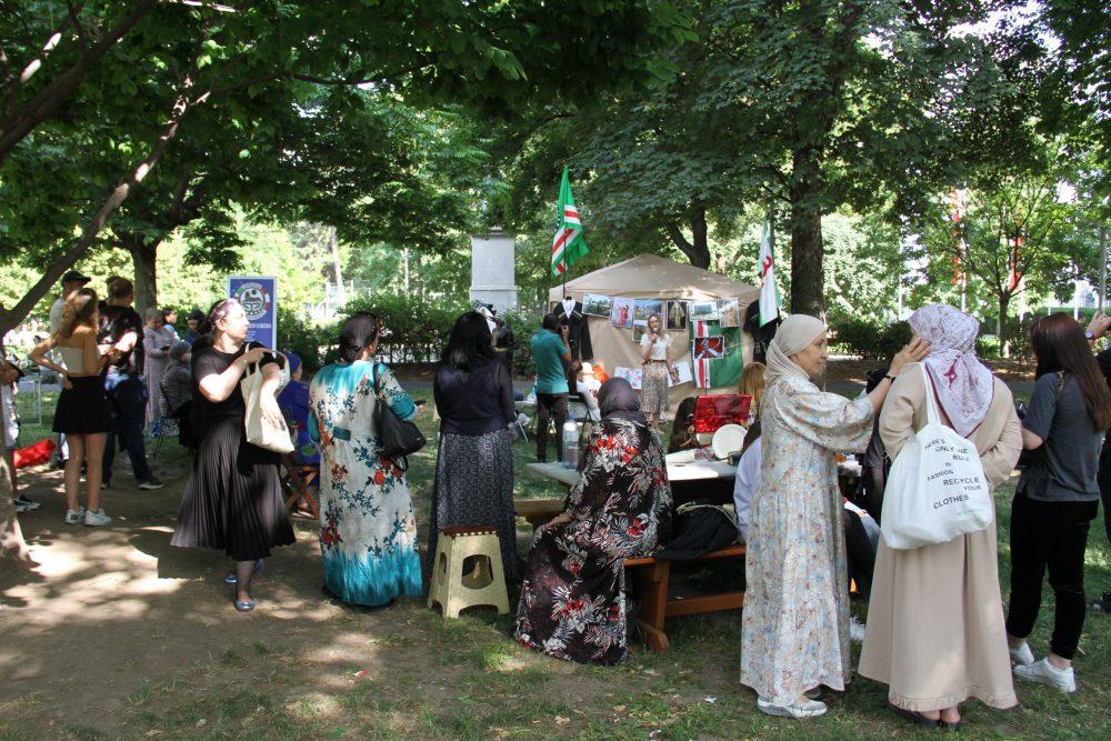 Bjelarus-Aktivistin spricht