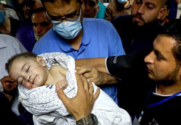 Schwer verletztes Baby nach Bombenangriff in Nord-Gaza