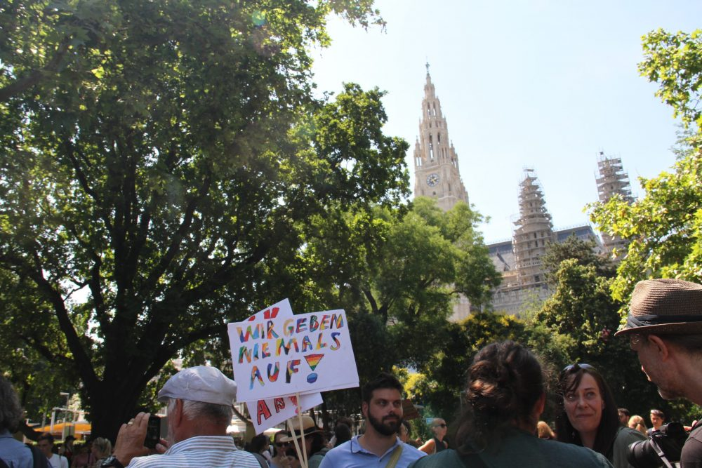Protestaktion gegen Stundenkürzungen in Volksschulen
