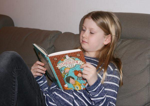 Eine der liebsten Freizeitbeschäftigungen Annikas: Lesen