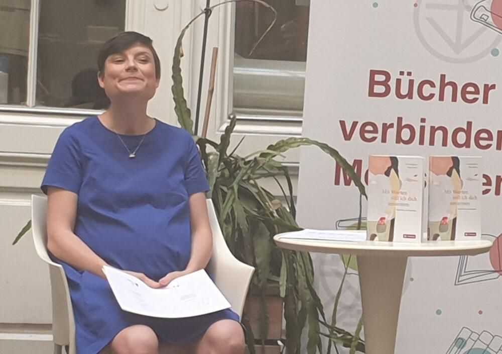 Autorin liest aus ihrem neuesten Buch