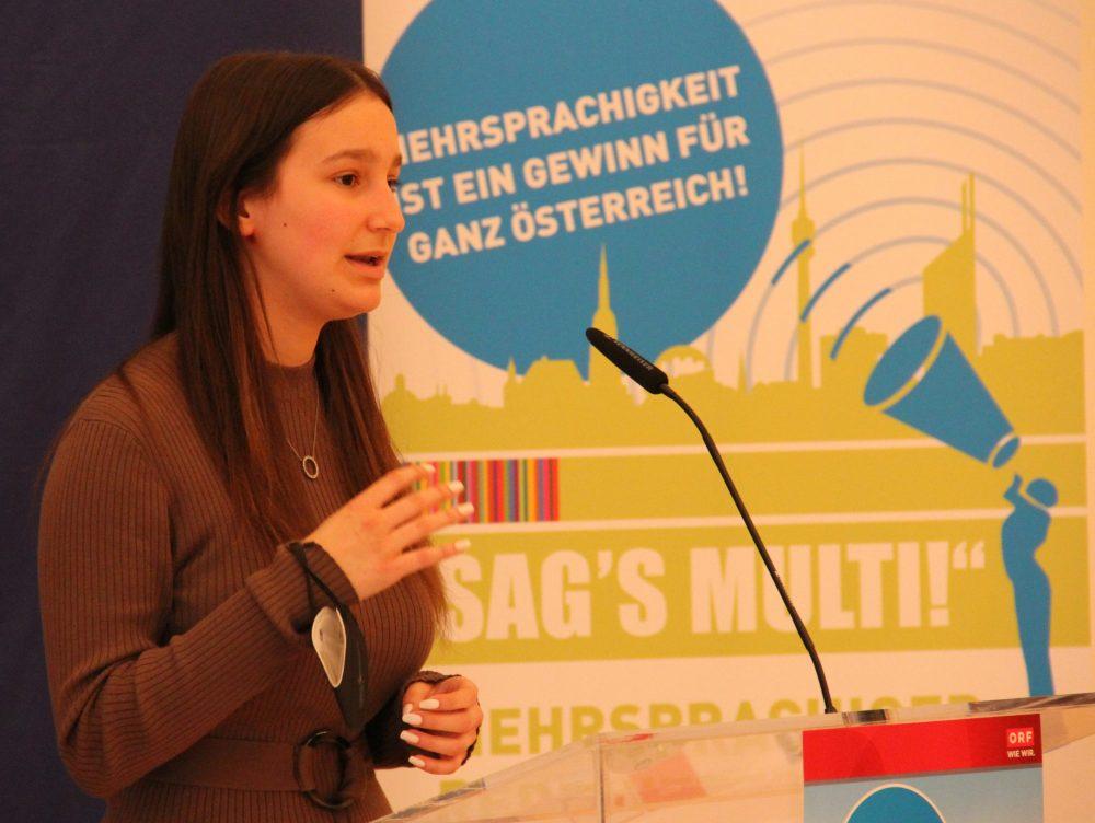 Rednerin Lilly Freiheim