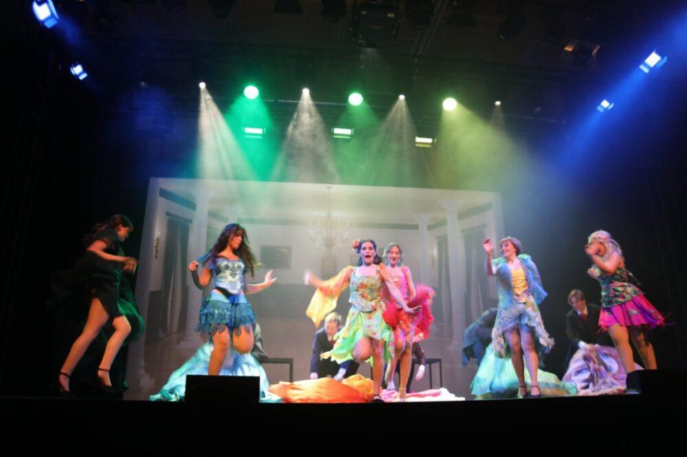 """Szenenfoto aus """"Little Women"""" von """"teatro"""" in Mödling"""