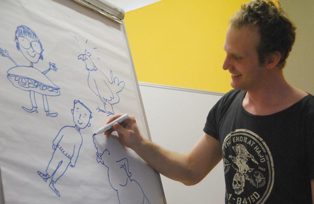 Michael Roher zeichnet - beim Besuch in der Jugendeinrichtung Juvivo 15