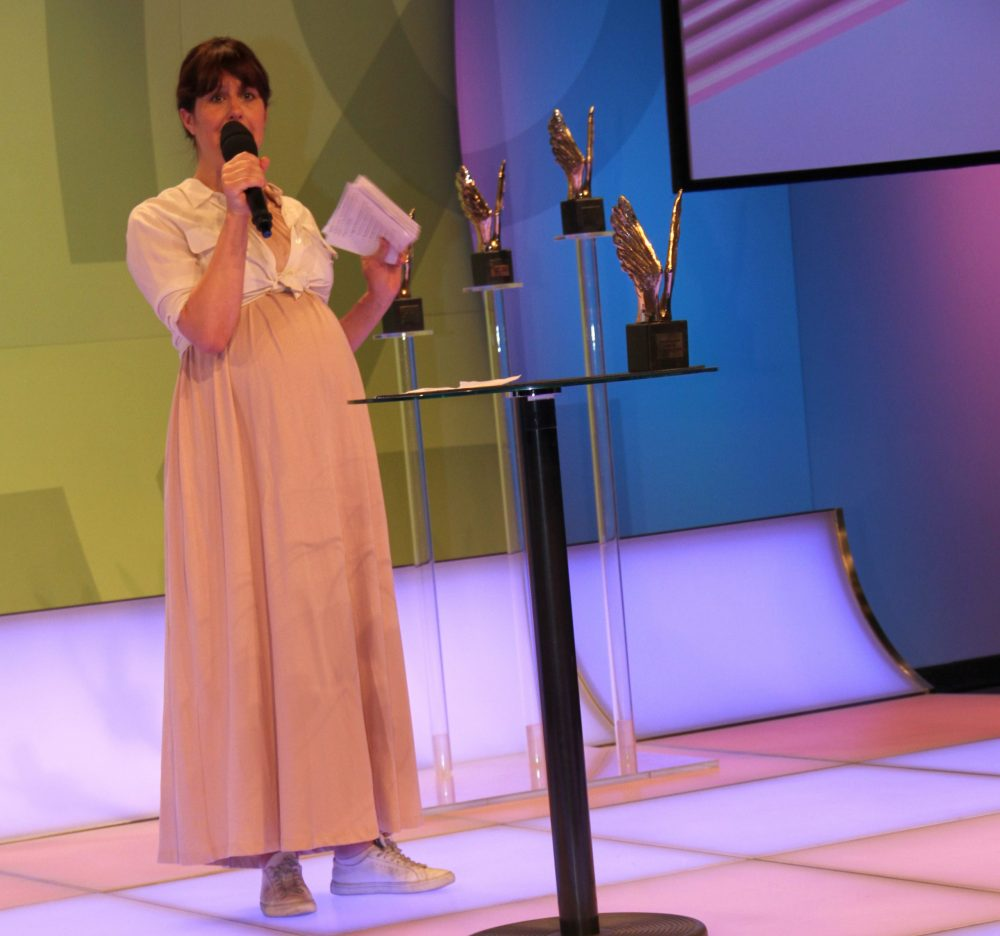 Moderatorin Sabine Zeller