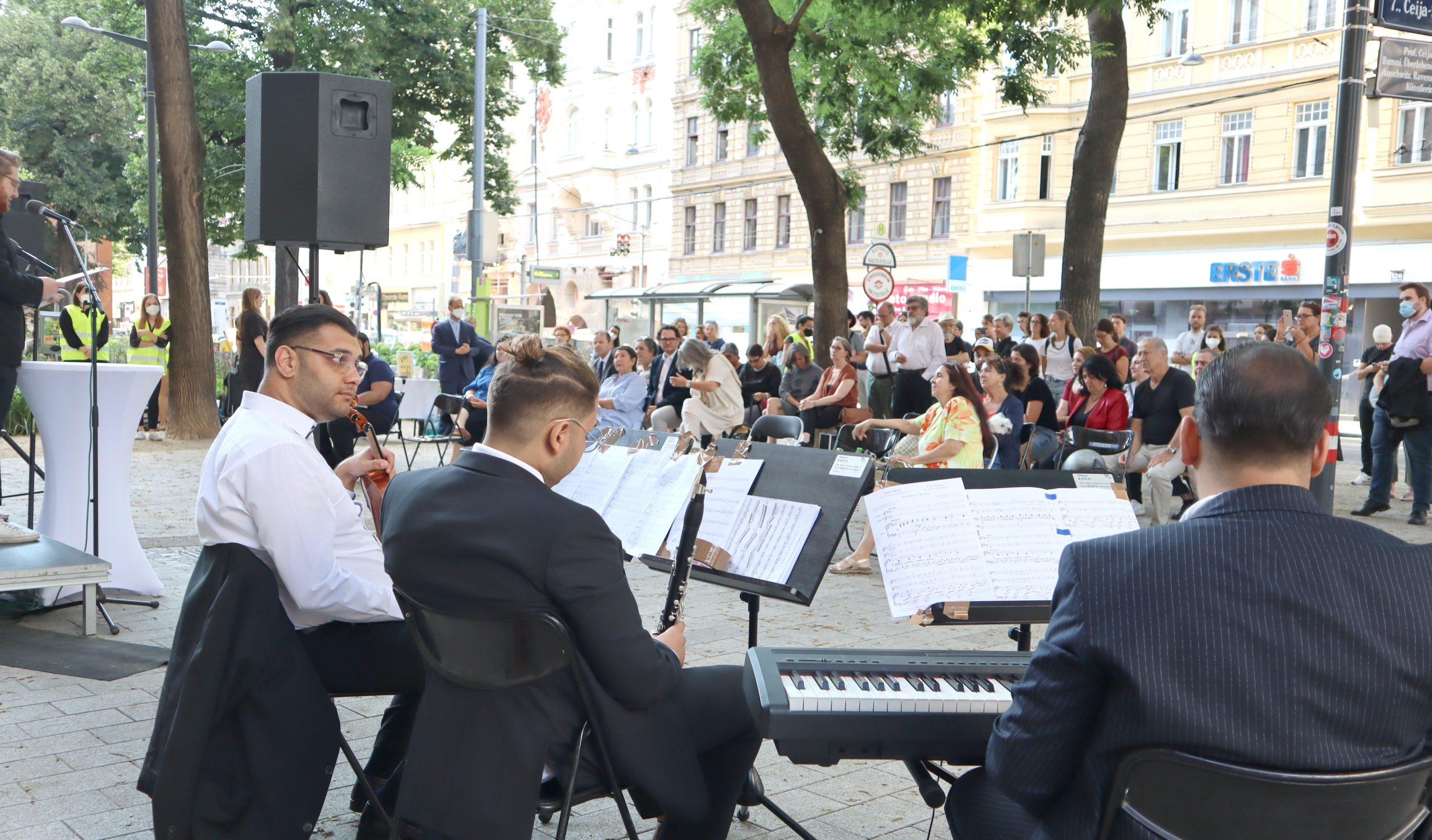 Musiktrio Josef Nagy, László Rácz und Tibor Csirke