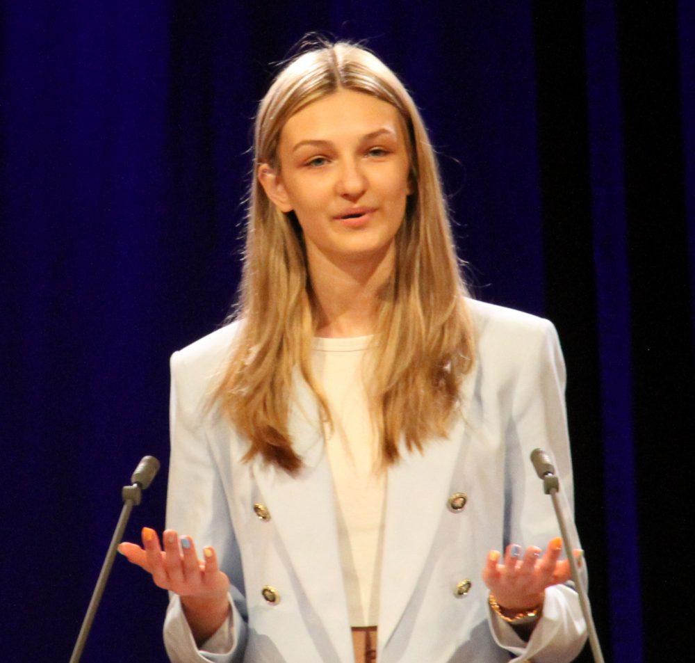 Nicole Bogacz, Rednerin am Redepult