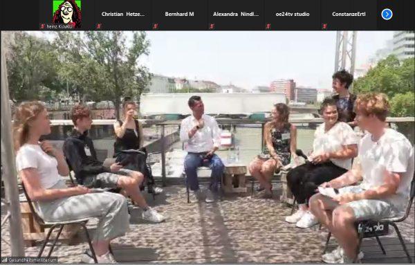 Mediengespräch des Gesundheitsministers mit Jugendlichen am Badeschiff