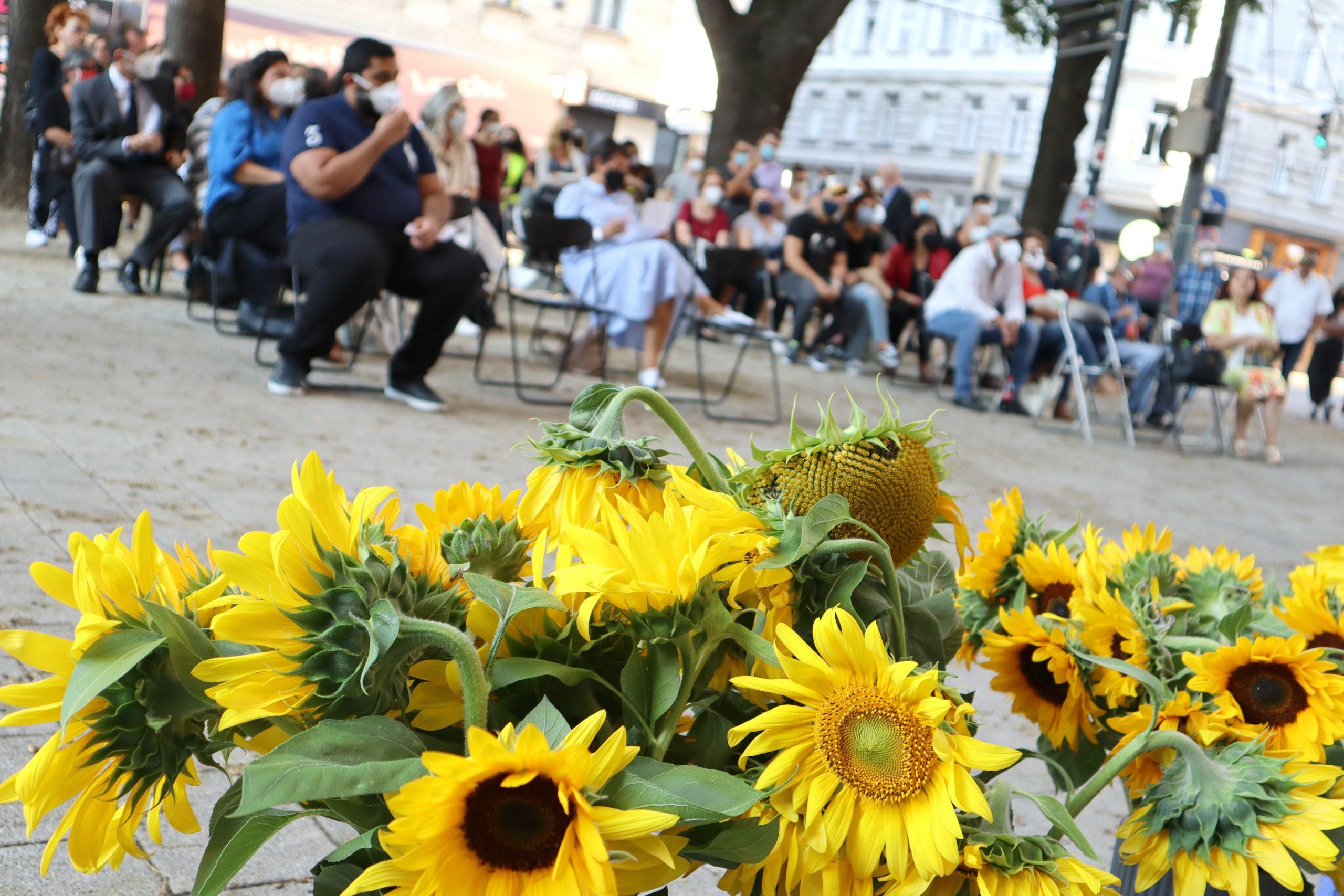 Sonnenblumen waren Ceija Stojkas Lieblingsblumen