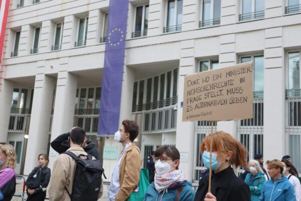 Fotos von der Afghanistan-Kundgebung vor Innen- und Außenministerium auf dem Wiener Minoritenplatz