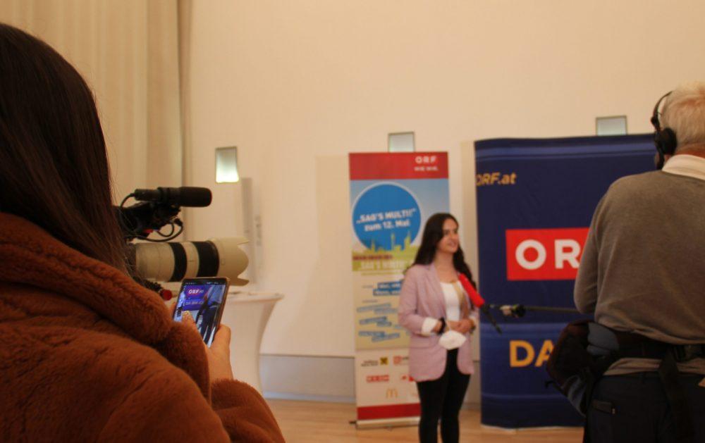 TV-interviews mit Rednerinnen